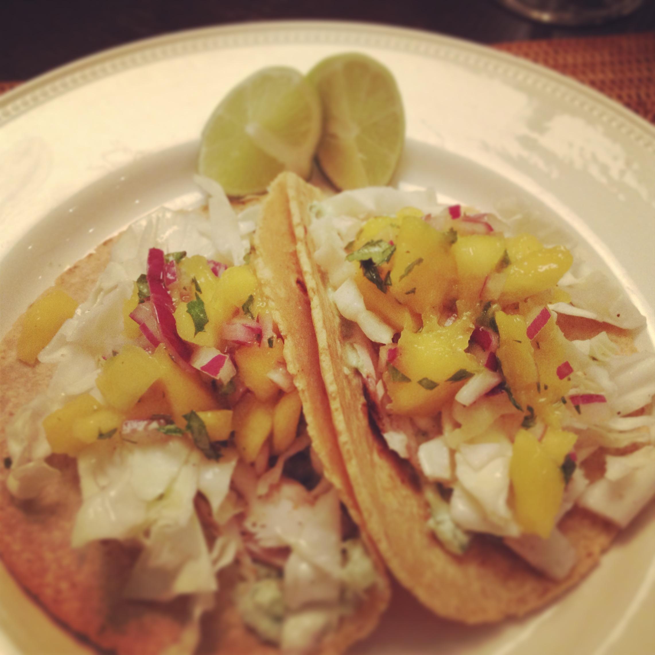 Grilled mahi mahi fish tacos with mango salsa for Salsa for fish tacos